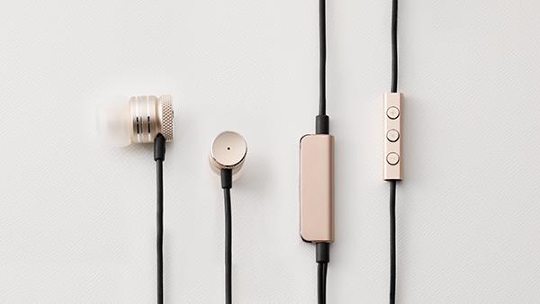 Earphones / Speaker